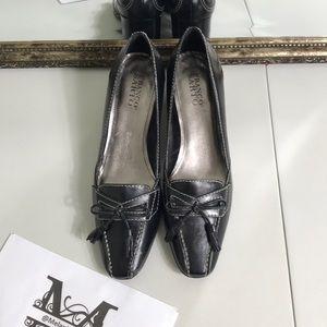 Franco Sarto loafer in JOY black leather size 9